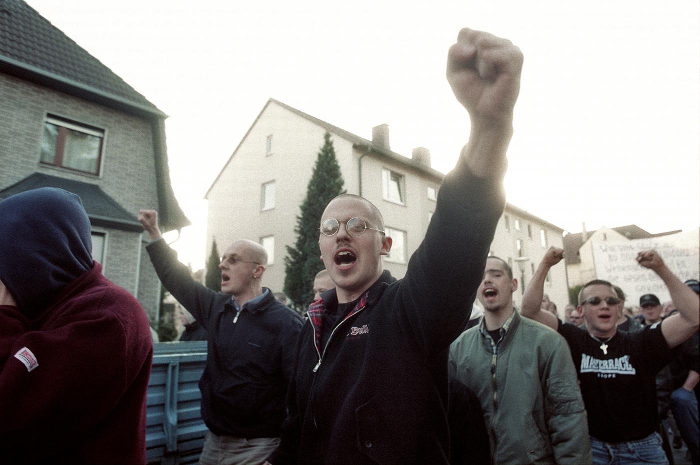 NPD-Demo gegen die Wehrmachts-Ausstellung, Bielefeld, 02.02.2002