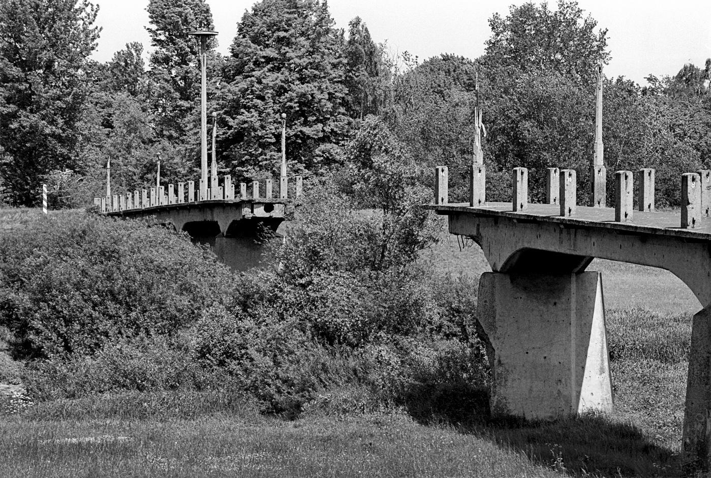 zerstörte Neisse-Brücke